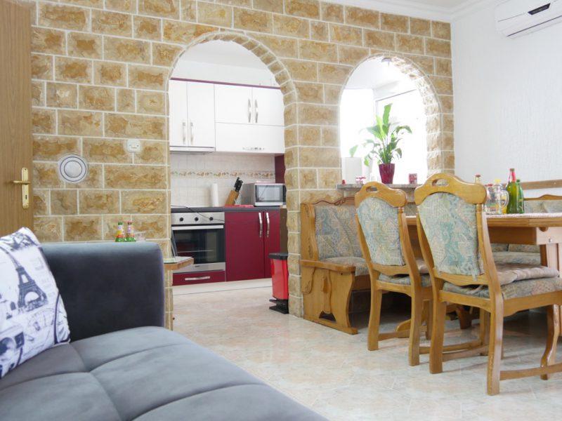 novalja-ferienwohnung-wohn-küche