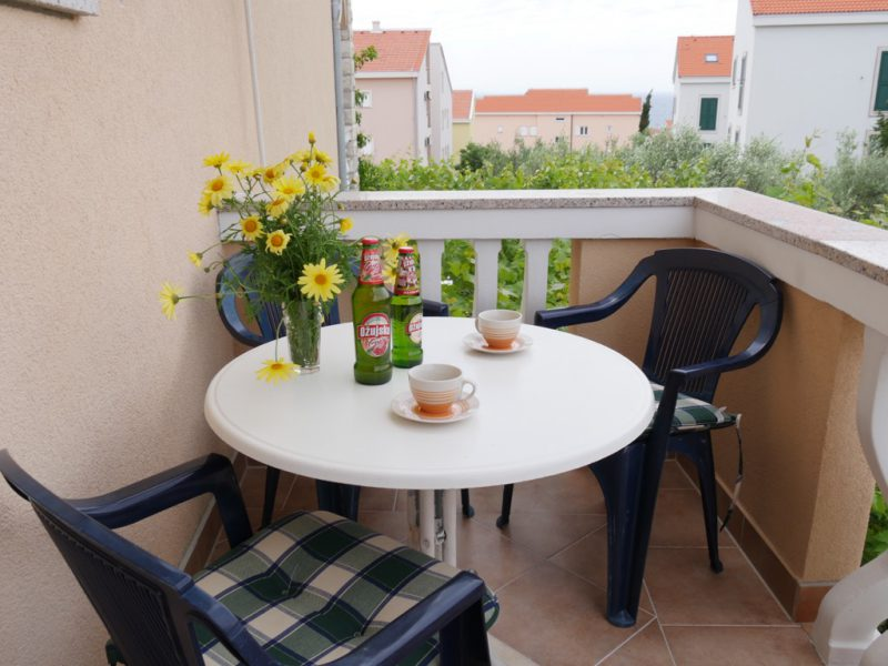 insel-pag-apartments-a1-terrasse-meersicht