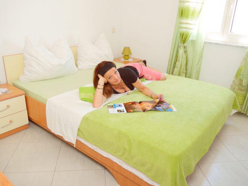 novalja-schlafzimmer-apartment-a4-opt