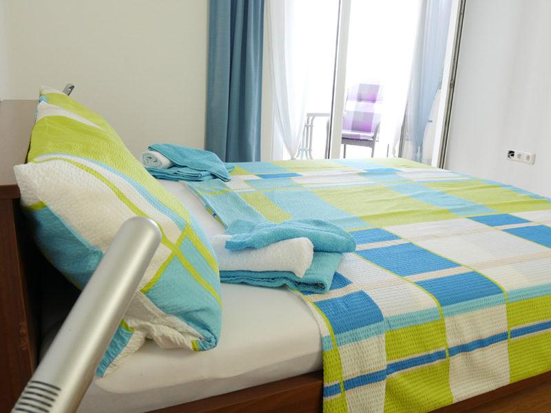 novalja-zrce-apartment-j01-haus2-schlafzimmer-2_v2