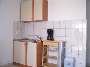 novalja-zrce-apartment-kueche
