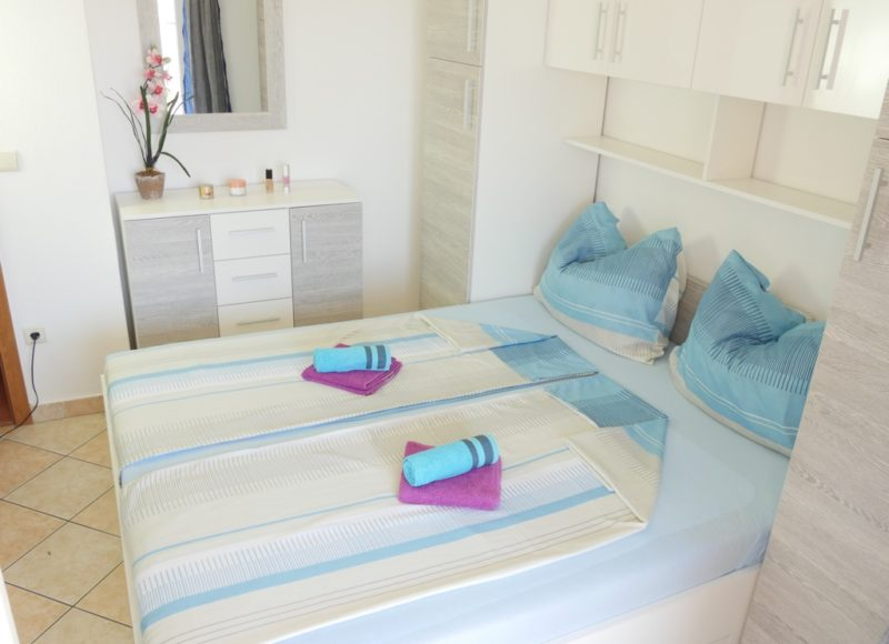 novalja-zrce-apartments-a02-schlafzimmer_v2