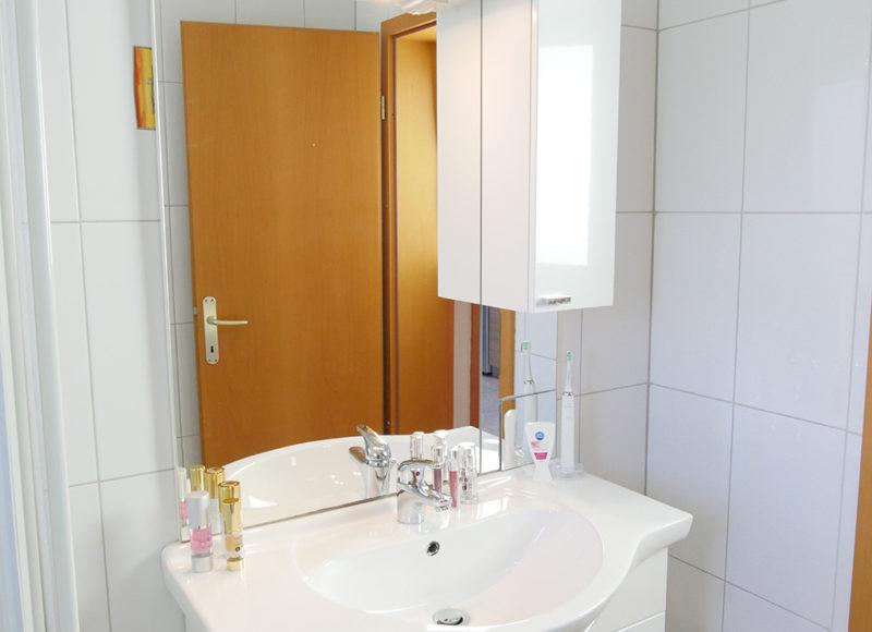 Novalja-zrce-apartment-j2-haus2-badezimmer-2_v2