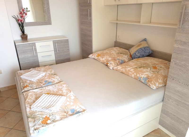 insel-pag-apartments-a02-schlafzimmer
