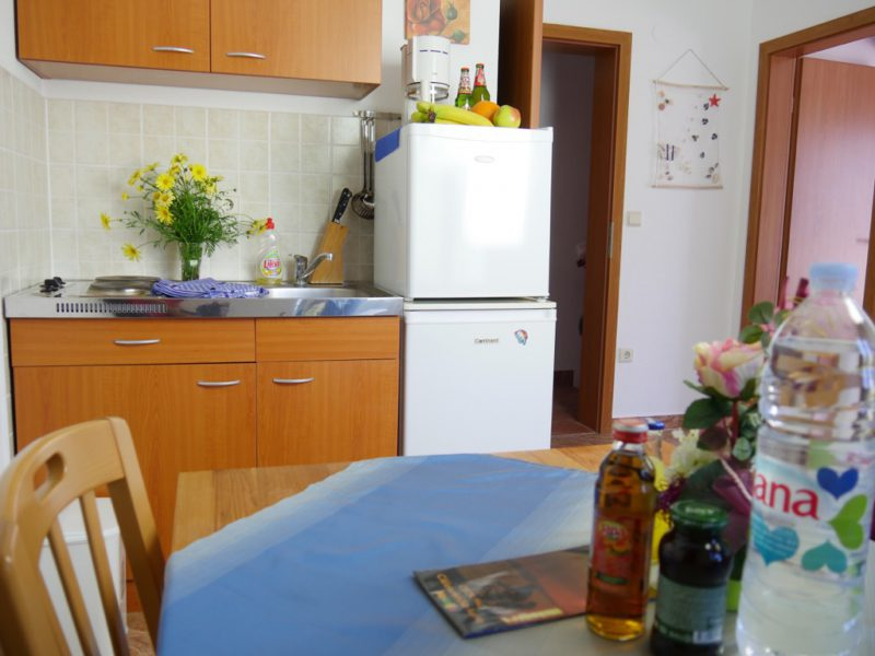 novalja-apartment-a3-wohnkochen