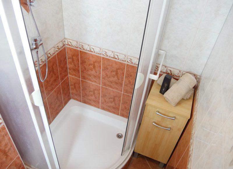 novalja-zrce-apartment-a2-dusche