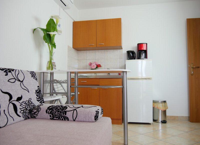 novalja-zrce-apartment-a2-schlafsofa