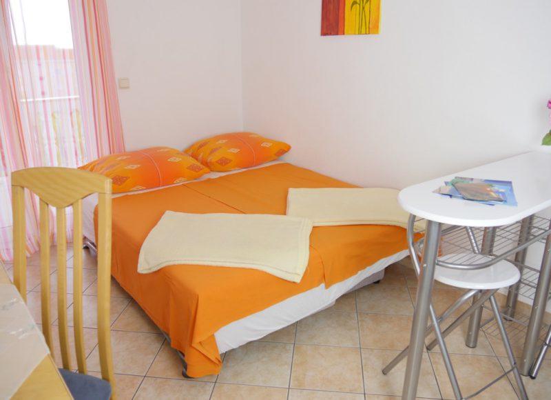 novalja-zrce-apartment-a2-wohn-schlaf